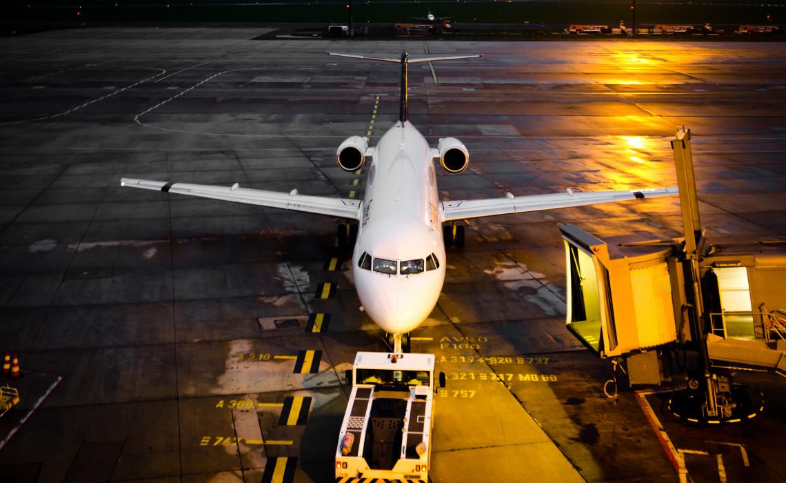 Departure Bremen Airport Flughafen Night Nacht
