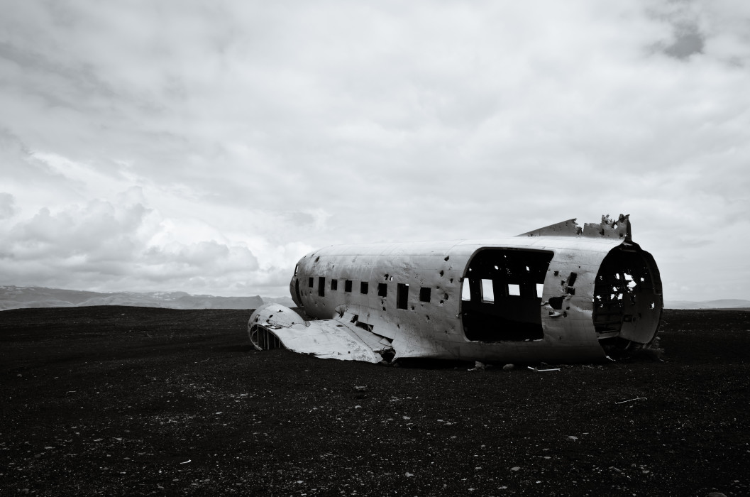 Shoot 'em up DC-3 Plane Wreck Iceland Island