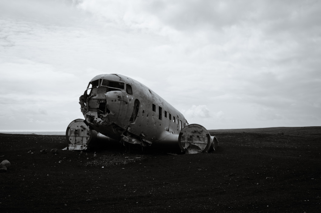 Wrong time wrong place DC-3 Plane Wreck Iceland Island